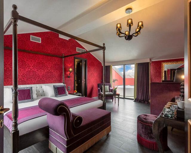 Rote Suite mit zwei Terrassen und Aussenwhirlpool