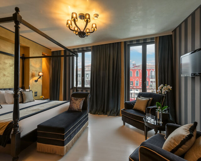 Suite Canal View